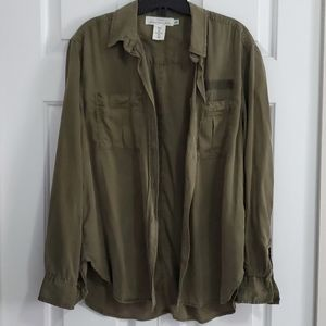 New Women's H&M Olive Green Button Down Shirt